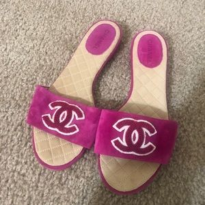 bff7a3c54b6 Chanel pink Suede Slippers Size 36